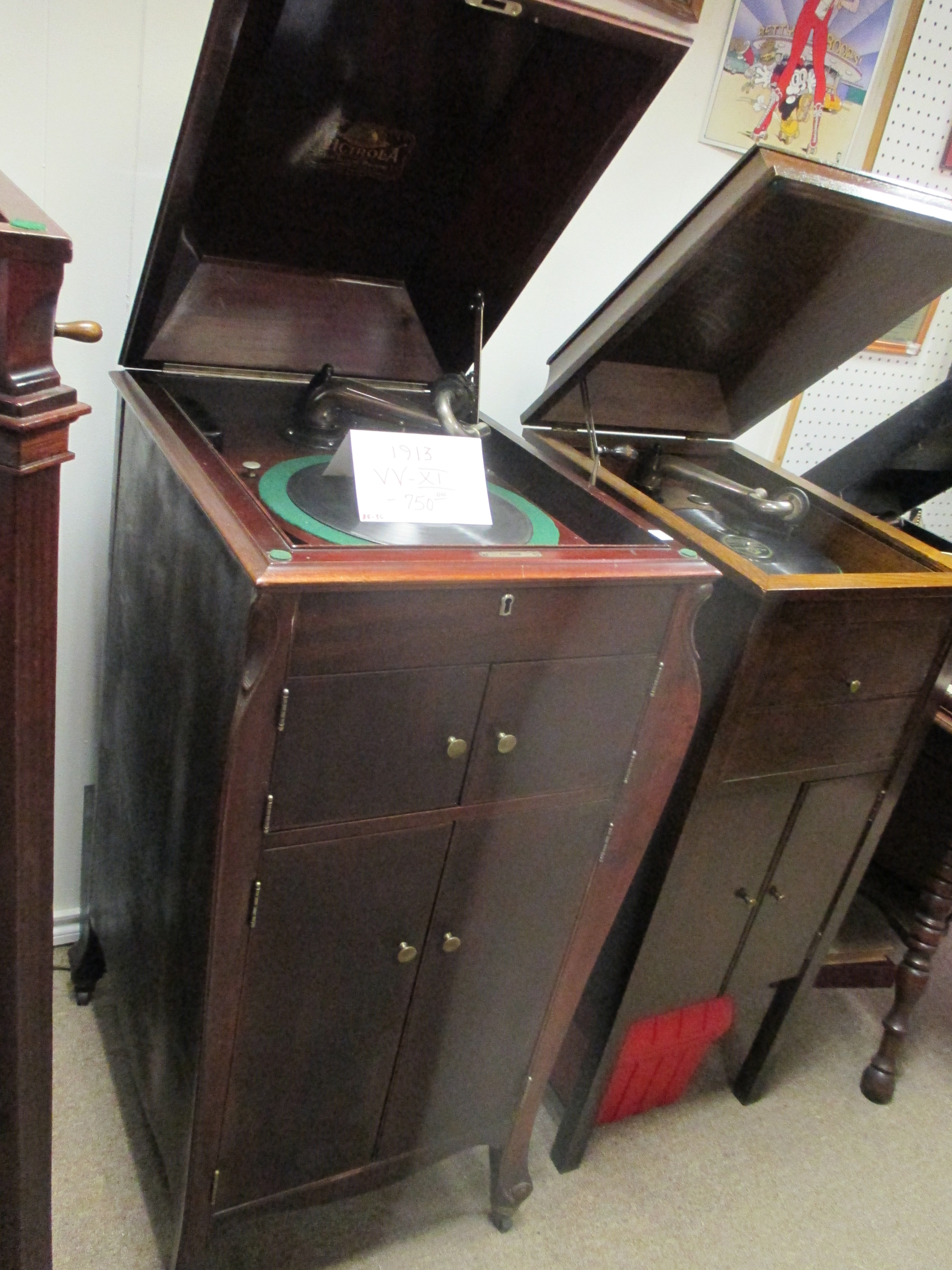 Victor Victrola VV-XI 1913 console $750